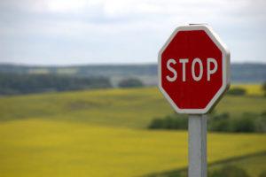 Por qué algunas señales de tráfico se fallan más en los exámenes