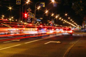 Las luces del coche cómo y cuándo utilizarlas